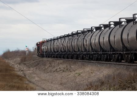 An Oil Train Gets A Green Light To Proceed