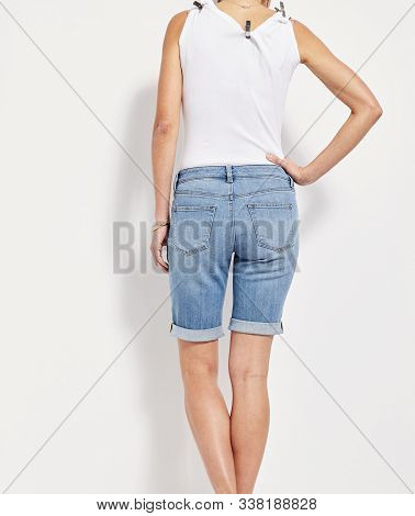 Printed Women's Light Blue Basic Shorts, Blue Distressed Denim Skirt, Mid Wash Ripped Denim High Sho