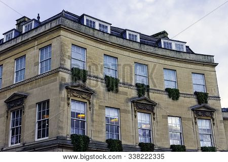 Bath, Somerset, Uk - December 1: Vintage Architecture Of Bath On 1 December 2019 In Bath, Somerset,