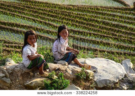 Sapa, Vietnam - May 28, 2016. Children Playing On Rice Field In Sapa, Vietnam. Sapa Is A Frontier To