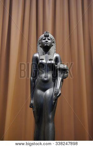 Saint Petersburg, Russia - June 14, 2016: Basalt Sculpture Of Cleopatra Vii In Hermitage Museum, Anc