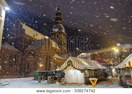 Riga / Latvia - 02 December 2019: Christmas Market On Dome Square On Old Town In Riga, Latvia At Win