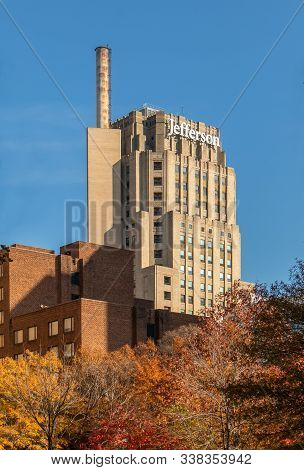 Piiladelphia, Pennsylvania - November 25, 2019: Highrise Buildings In Philadelphia, Pennsylvania, Do
