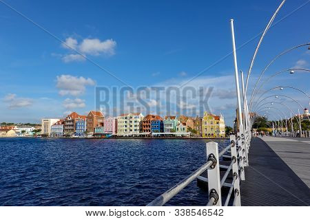 Curacao-11/3/19: Famous Pastel Colored Architecture And The Queen Emma Floating Bridge Of Curacao Is