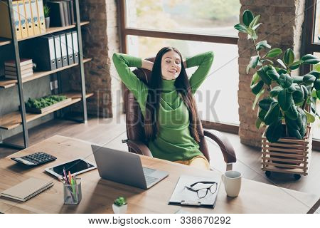 Portrait Of Her She Nice Attractive Cheerful Cheery Dreamy Lady Realestate Agent Broker Consultant F