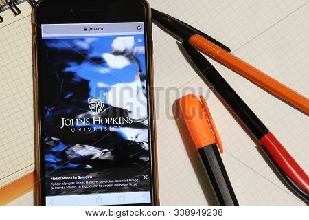 Los Angeles, California, Usa - 7 December 2019: Mobile Phone Screen With Johns Hopkins University We