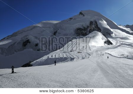 Glacier All Year Skiing