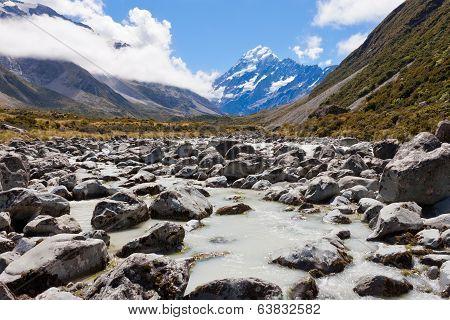 Aoraki Mount Cook Hooker Valley Southern Alps Nz