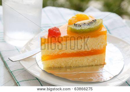 Orange Cake And Slice Kiwi Fruit