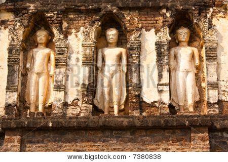 Buddha image on the pagoda