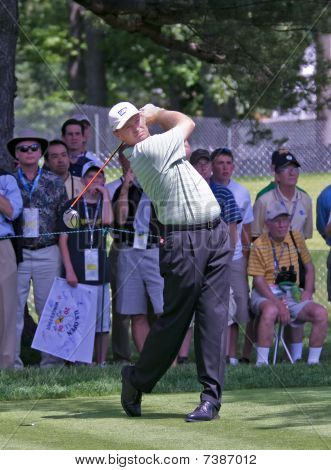 Mamaroneck, Ny - June 13: Popular South African, Ernie Els, Tees Off As He Plays In The 2006 Us Open