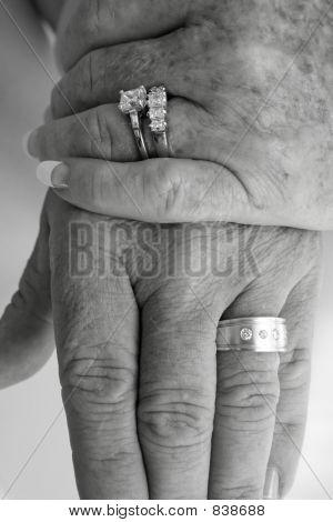 B&W wedding ring hands 2