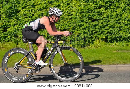 Female triathlete on Cycling stage