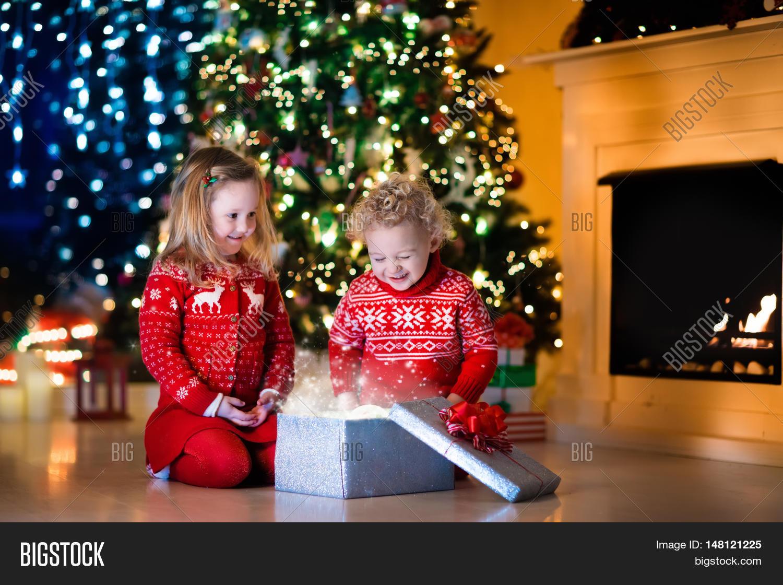 Family On Christmas Image & Photo (Free Trial) | Bigstock