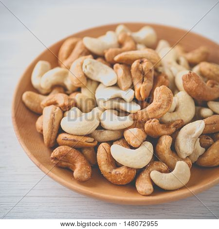 Cashew nuts The World 's Healthiest Foods