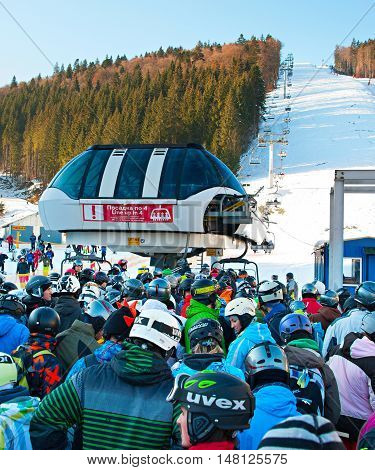 Crowded Ski Resort, Bukovel