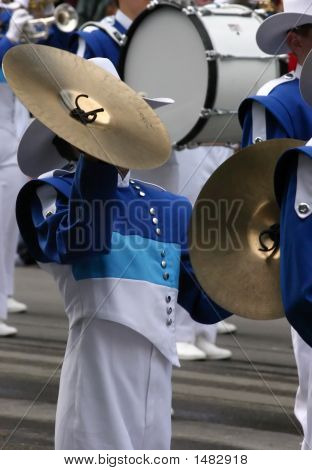 Cymbals Player