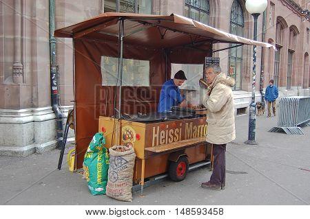 1 december 2007-basel-suisse- chestnut seller in basel during Christmas