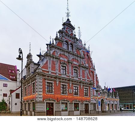 House Of The Blackheads At Christmas In Riga