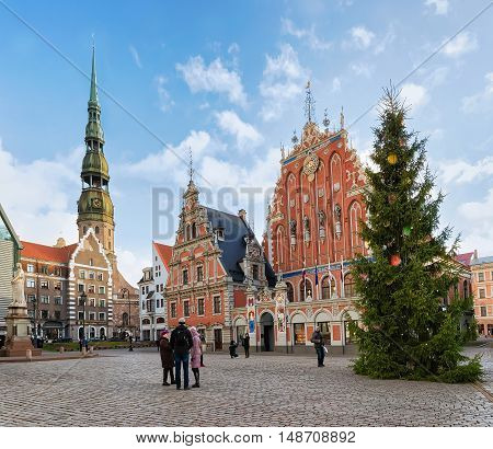 People At House Of Blackheads And Christmas Tree In Riga