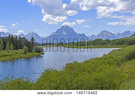 Mt Moran in the Grand Tetons an the Oxbow Bend of the Snake River in Grand Tetons National park in Wyoming