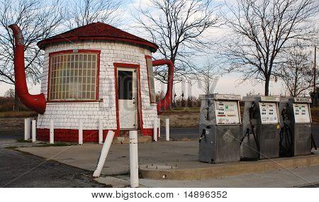 Tea Pot Dome Service Station