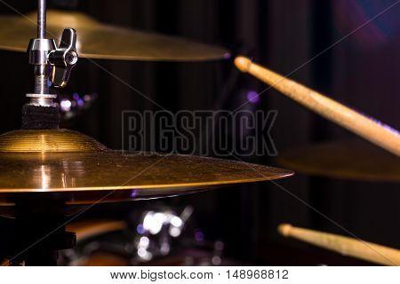 Drum Hi-hat, Musical Instrument, Drumming