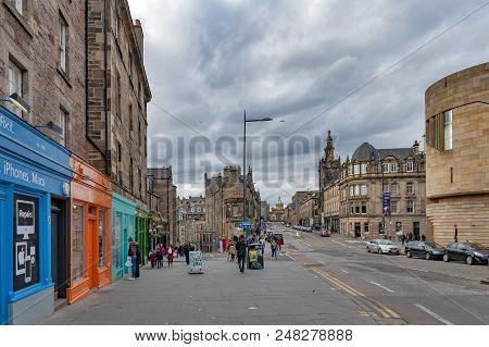Edinburgh, Scotland - April 2018: Historic Buildings Alongside Of George Iv Bridge, Elevated Street