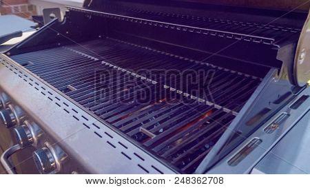 Empty Gas Grill