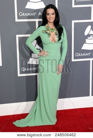 LOS ANGELES - FEB 10:  Katy Perry arrives to the 2013 Grammy Awards  on February 10, 2013 in Hollywood, CA