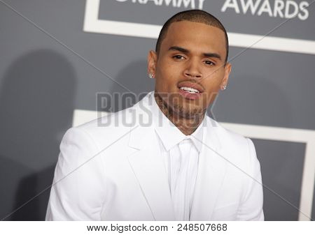 LOS ANGELES - FEB 10:  Chris Brown  arrives to the 2013 Grammy Awards  on February 10, 2013 in Hollywood, CA