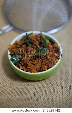 Crispy Catfish With Thai Spice Paste Sauce In Bowl