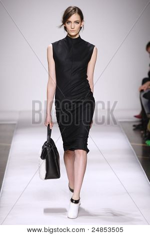 Gianfranco Ferre Fall/Winter 2011 Collection - Milan