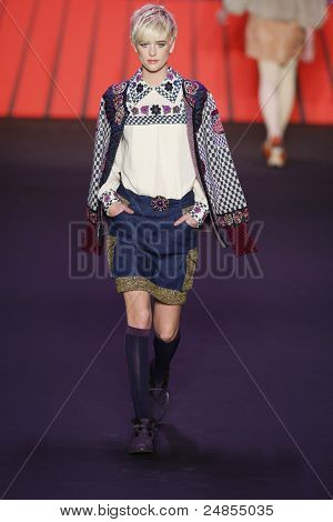 Anna Sui - Runway - Fall/Winter 2011 Collection - New York Fashion Week