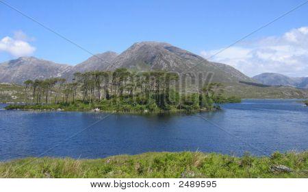 Connemara Lake