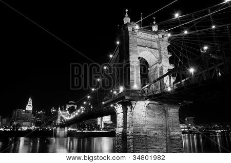 Roeblin Bridge at Night