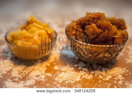 Close Up Of Indian Gujarati Popular Dish Atte Ka Sheera Or Halwa-karah Parshad In A Glass Bowl On A