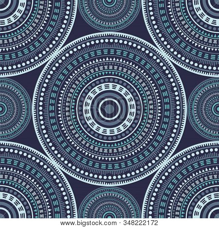 Chinese Vintage Motifs Seamless Pattern. Circle Medallion Mandala Geometric Tiles. Textile Print Tem
