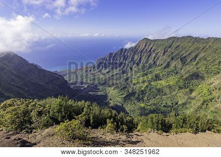 Na Pali Coast From The Kalalau Lookout At Kokee State Park, Kauai, Hawaii, United States