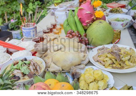 Pay Respect To Food And Ancestors On Abstract Background