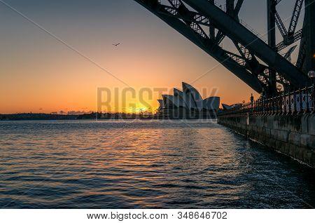Sydney, Australia - November 24, 2016: Sydney Opera House And Sydney Harbour Bridge At Sunrise