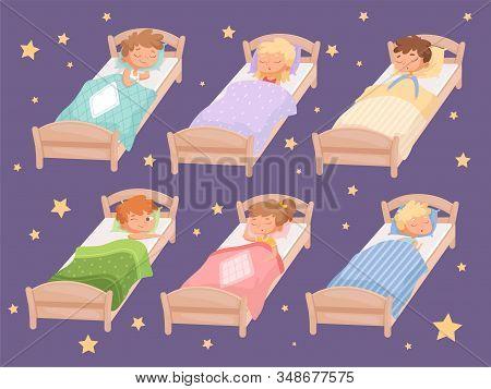 Kids Sleeping. Quiet Hour In Kindergarten Blanket Childrens Bedroom Rest Of Boys And Girls Relaxing