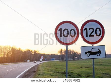 Traffic Signs Limit The Maximum Speed On The Motorway. Speed And Safety Compliance Concept, Copy Spa