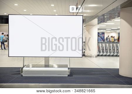 Digital Media Blank Advertising Billboard In The Airport , Blank Billboards Public Commercial With P