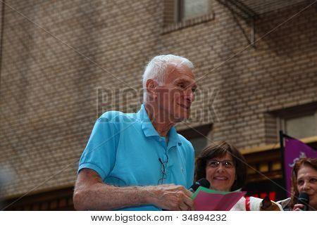 Dick Latessa (The Lyons) Addresses Crowd