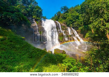 Wachirathan Waterfall At Doi Inthanon National Park, Mae Chaem District, Chiang Mai Province, Thaila