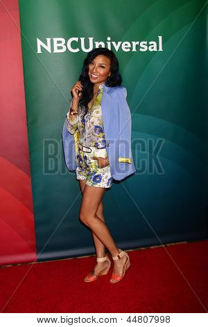 LAS VEGAS - APR 22:  Jeannie Mai at the NBCUniversal Summer Pres Day 2013 at the Huntington Langham Hotel on April 22, 2013 in Pasadena, NV