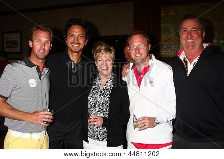 LOS ANGELES - APR 15:  Benjamin Bratt, Dennis Wagner and his family at the Jack Wagner Celebrity Golf Tournament  at the Lakeside Golf Club on April 15, 2013 in Toluca Lake, CA