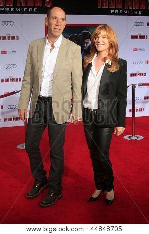 LOS ANGELES - APR 24:  Miguel Ferrer, Lori Ferrer arrives at the