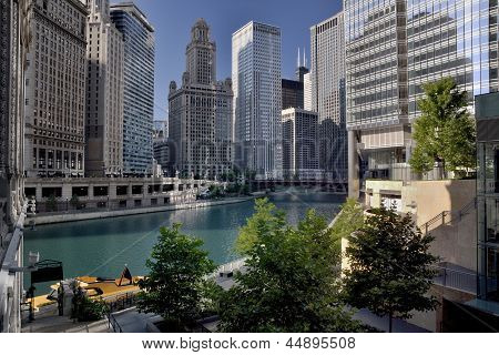 City By The Chicago River